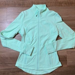 Women's Lululemon jacket mint green size 6